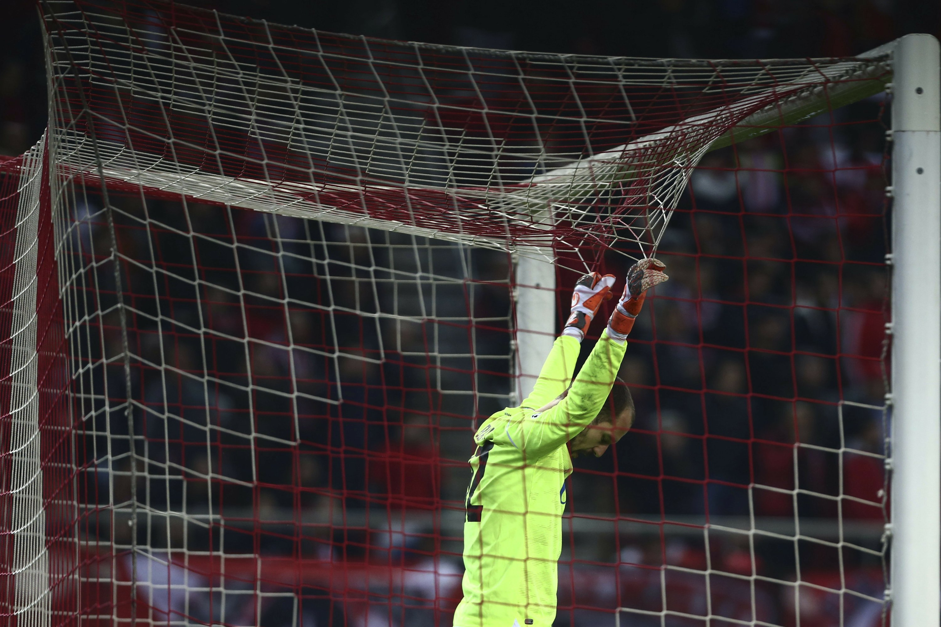 Olympiakos beats Red Star 1-0 with 87th-minute penalty