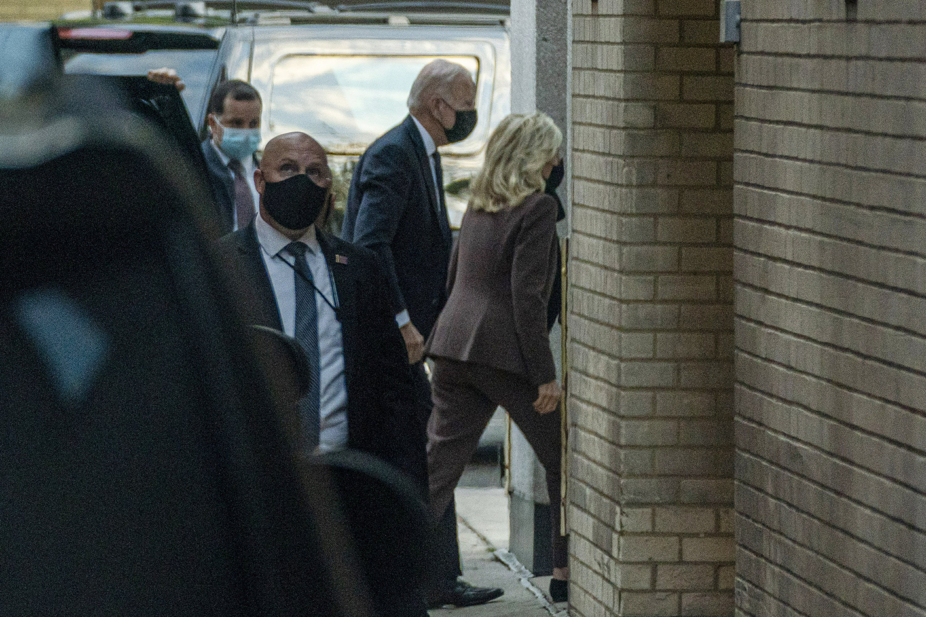 White House: Jill Biden arrives for medical 'procedure'