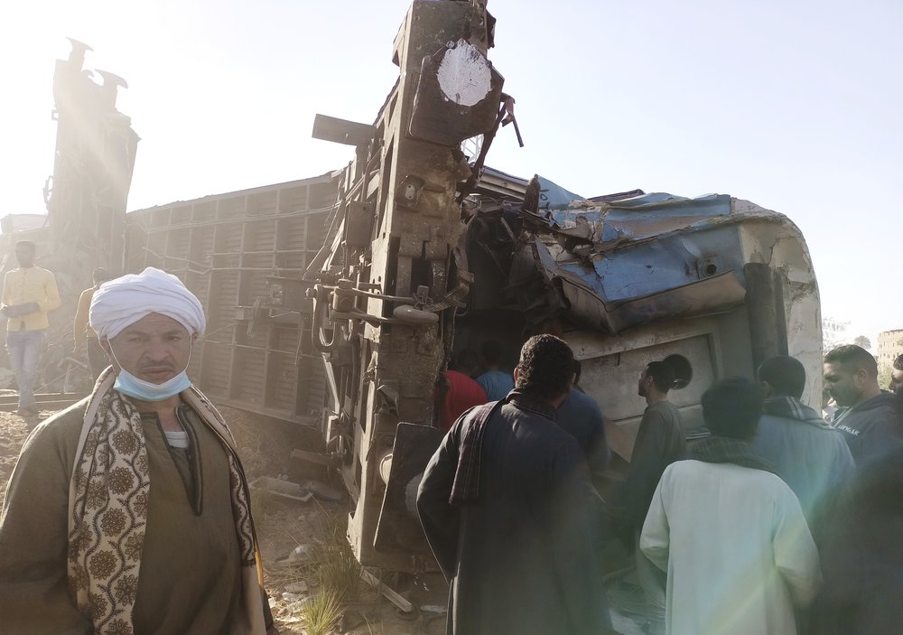 32 People Killed, 165 Injured After Two Trains Crash in Southern Egypt