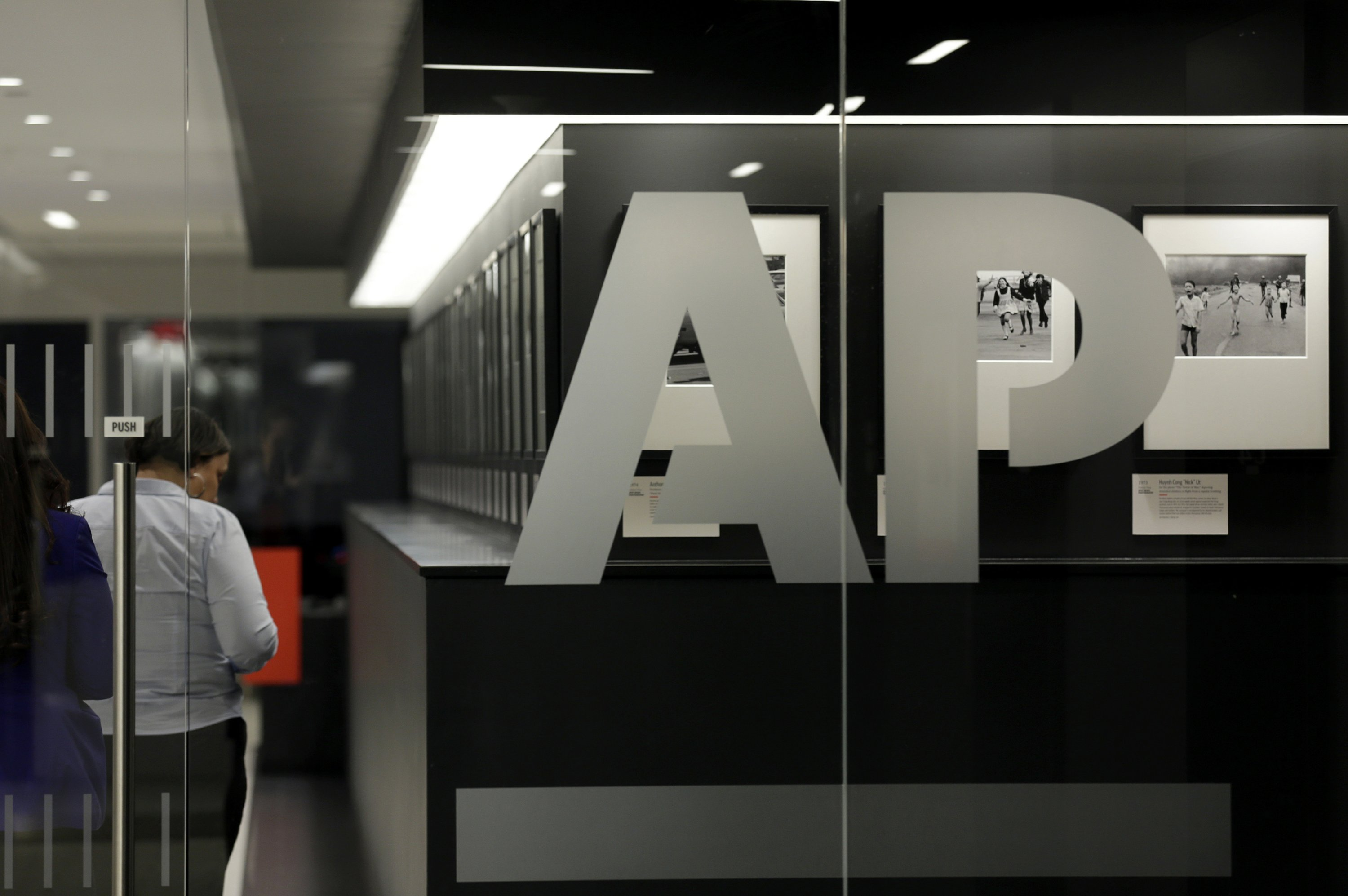 AP changes writing style to capitalize ''b'' in Black