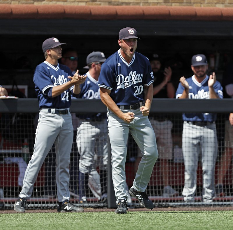 Dallas Baptist ends Florida's 4-year CWS run with 9-8 win