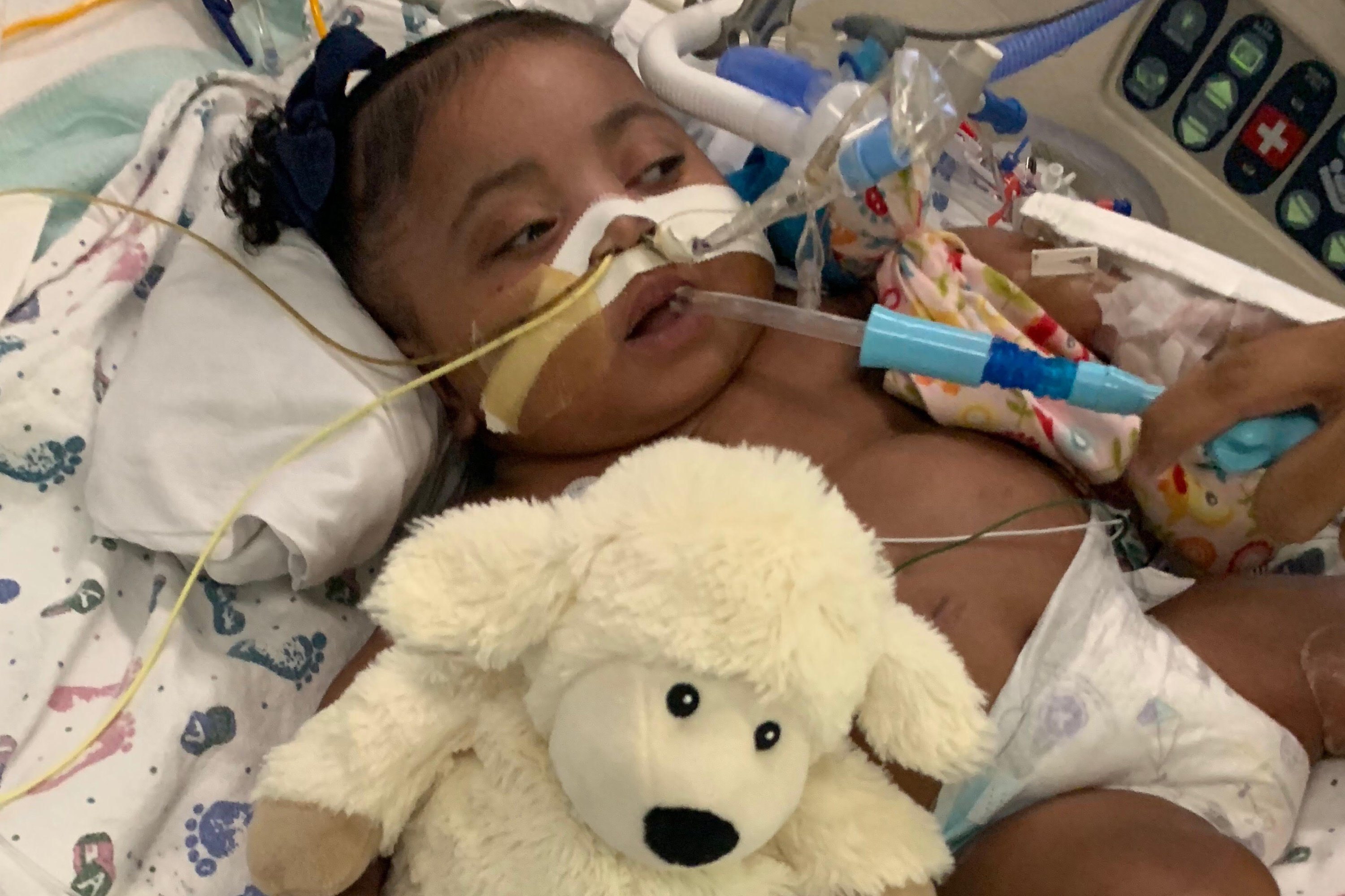 Texas judge: Hospital can remove baby from life support