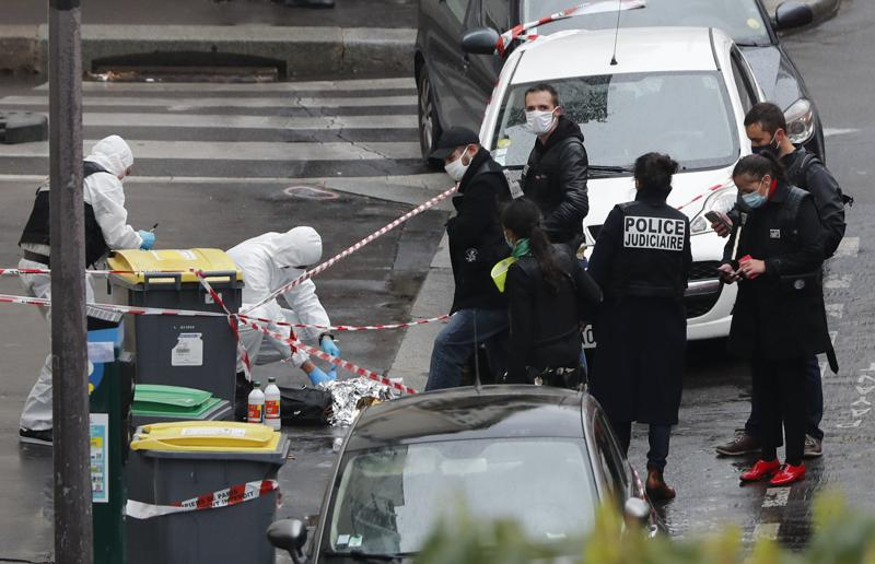 Official Paris Stabbing Suspect Targeted Charlie Hebdo