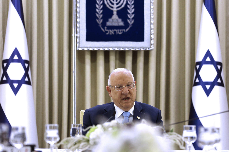 Israeli election rivals meet as deadlock still looms
