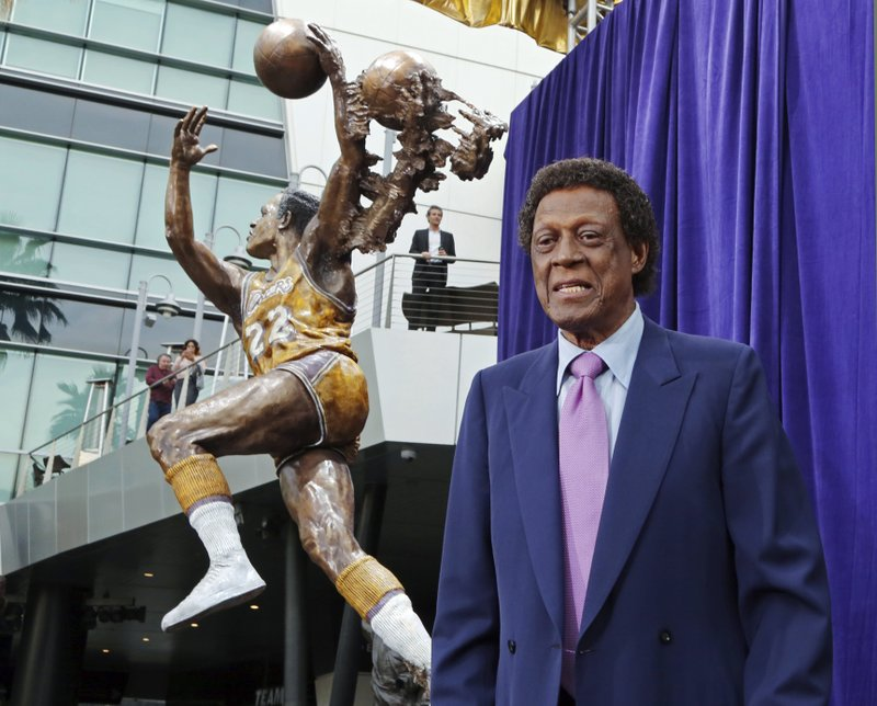 Elgin Baylor, Lakers great and aerialist pioneer, passes away at 86