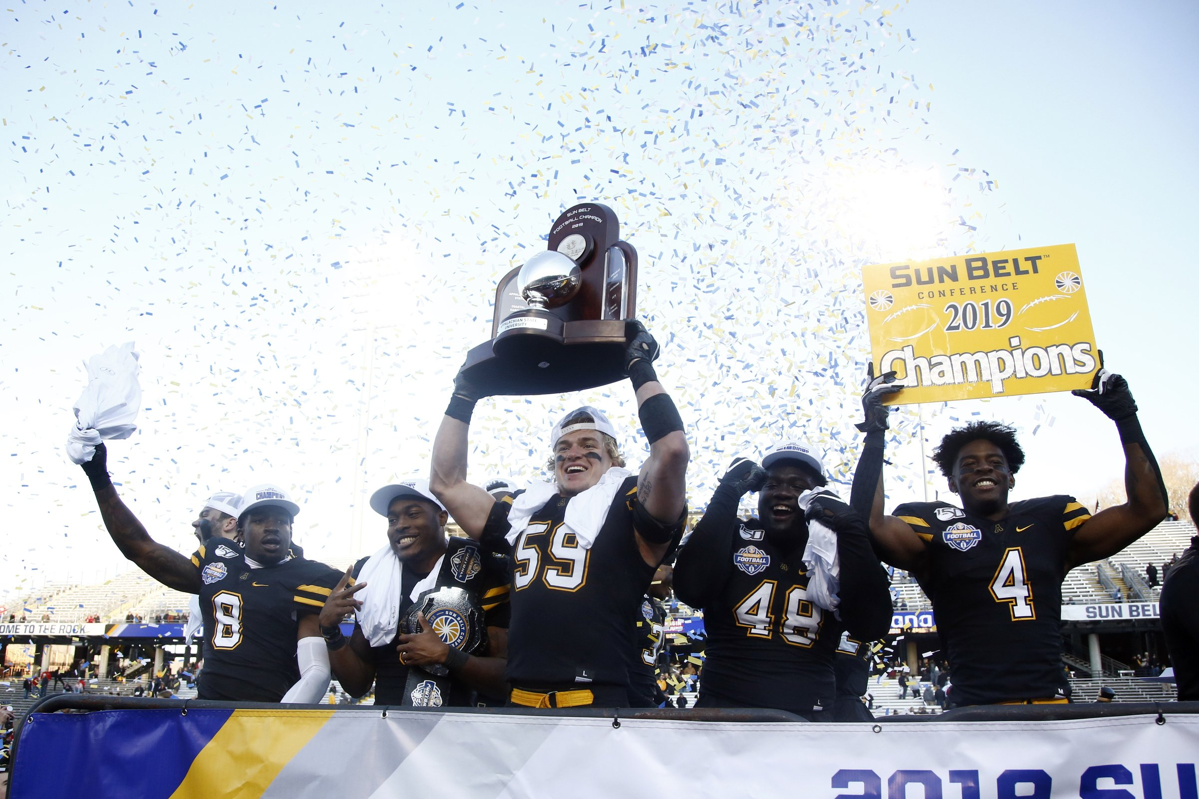 Evans' 3 TDs lead No. 20 App State to Sun Belt title, 45-38