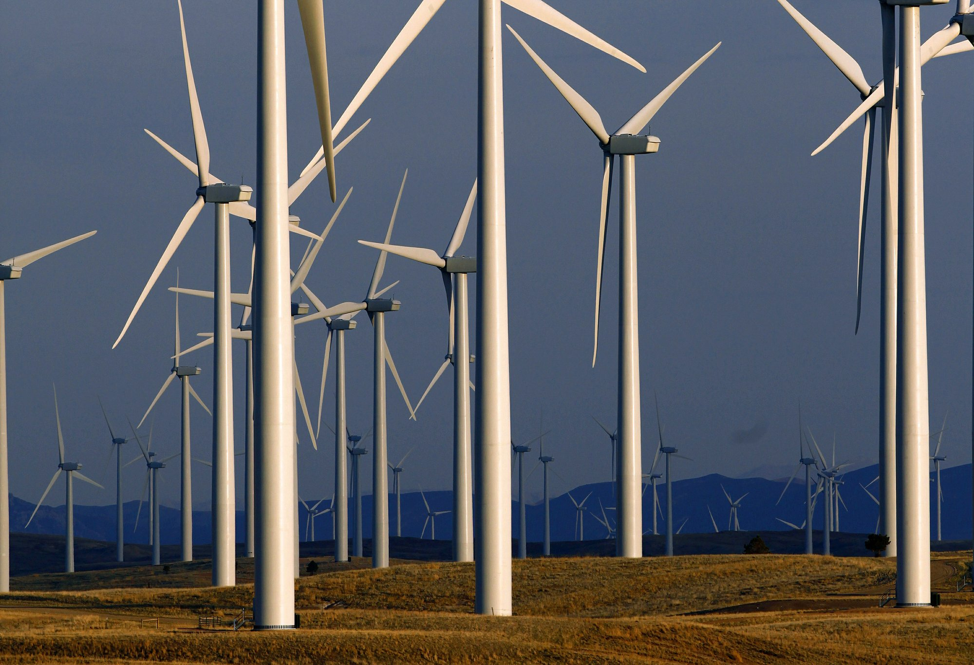 Wyoming wind farm making same power with 80% fewer turbines