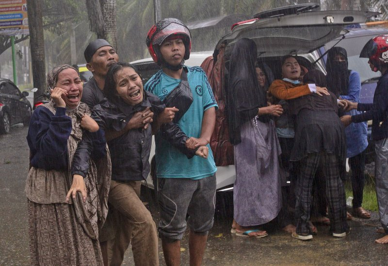 At Least 42 People Dead as 6.2 Magnitude Earthquake Topples Homes and Buildings, Triggers Landslides in Indonesia