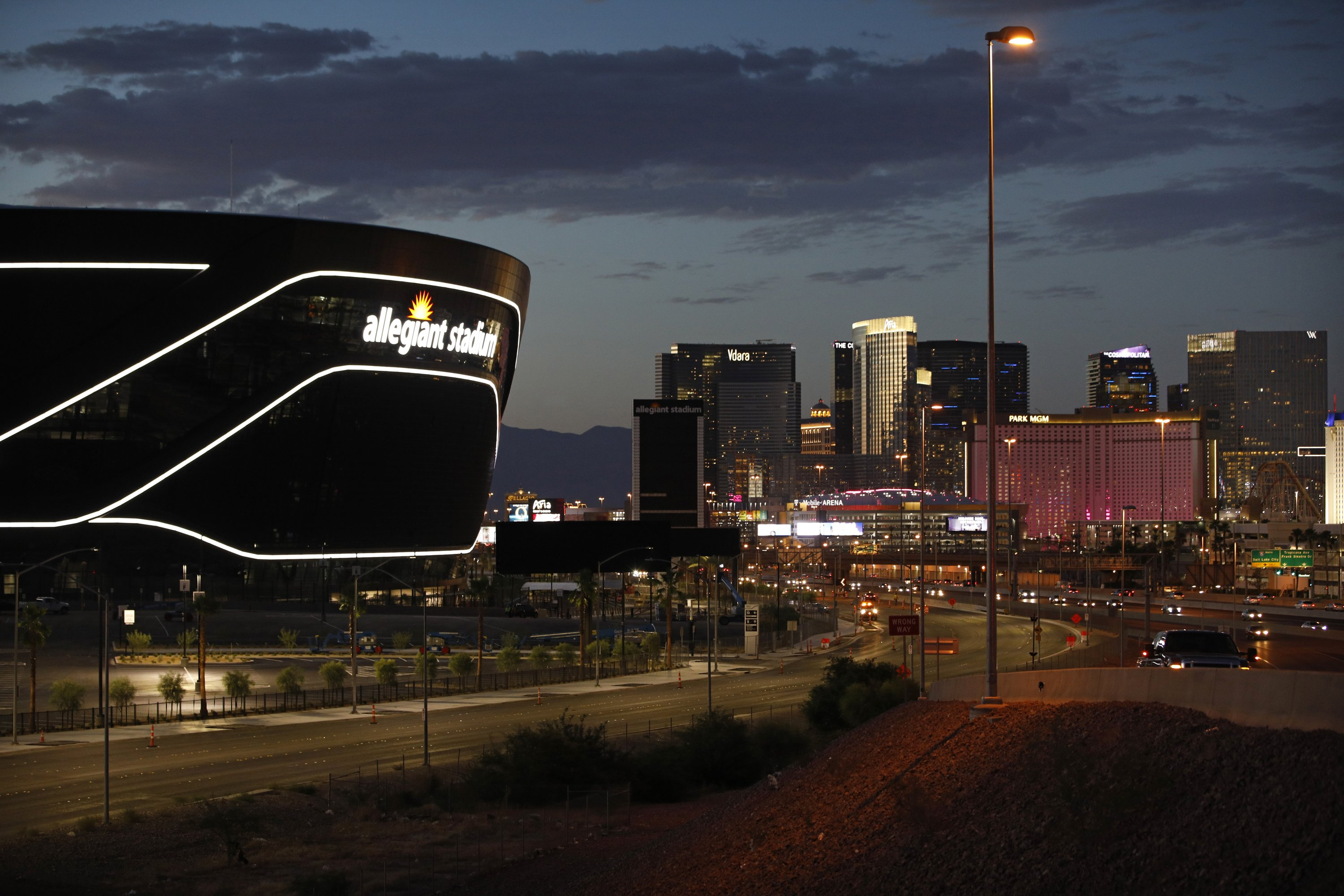 Raiders ready for big opening act on Las Vegas Strip