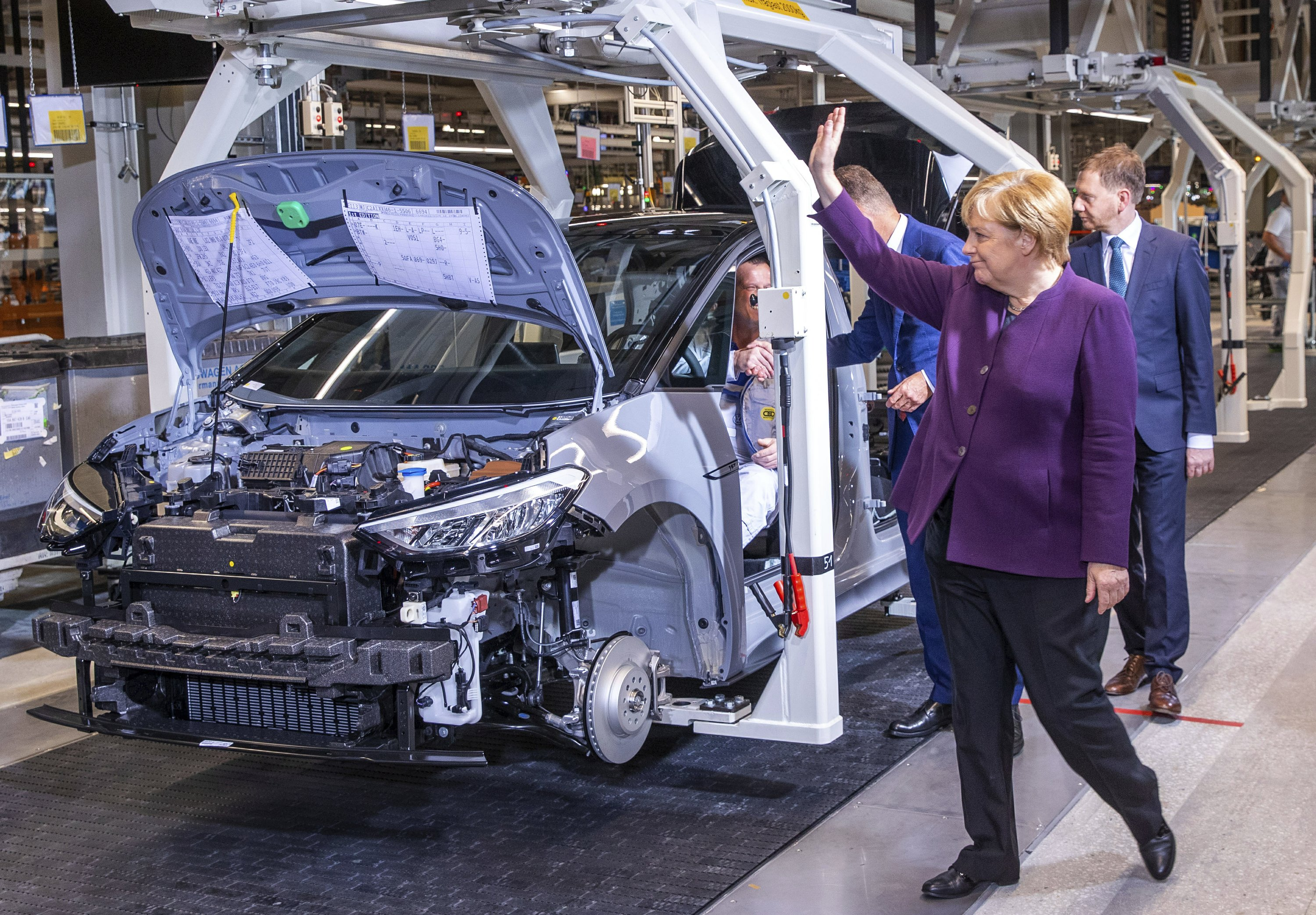 Electric Car Incentives >> German Government Extends Incentives For Electric Car Buyers