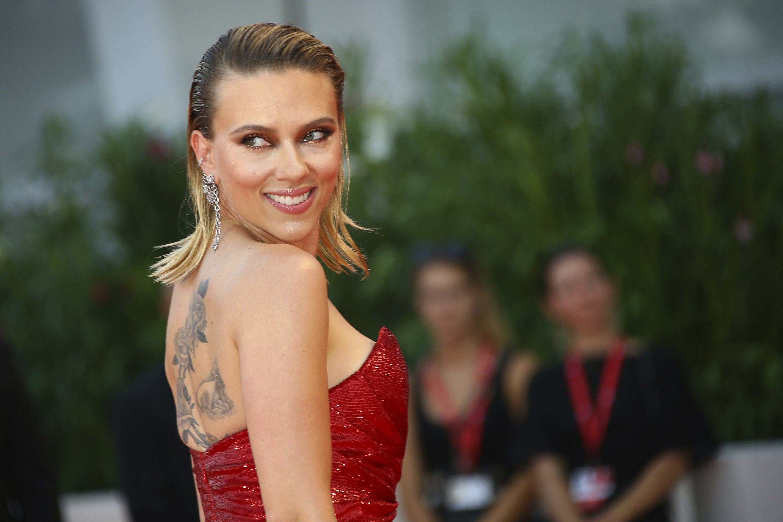 Scarlett Johansson Love Scenes Scarlett Johansson Movies