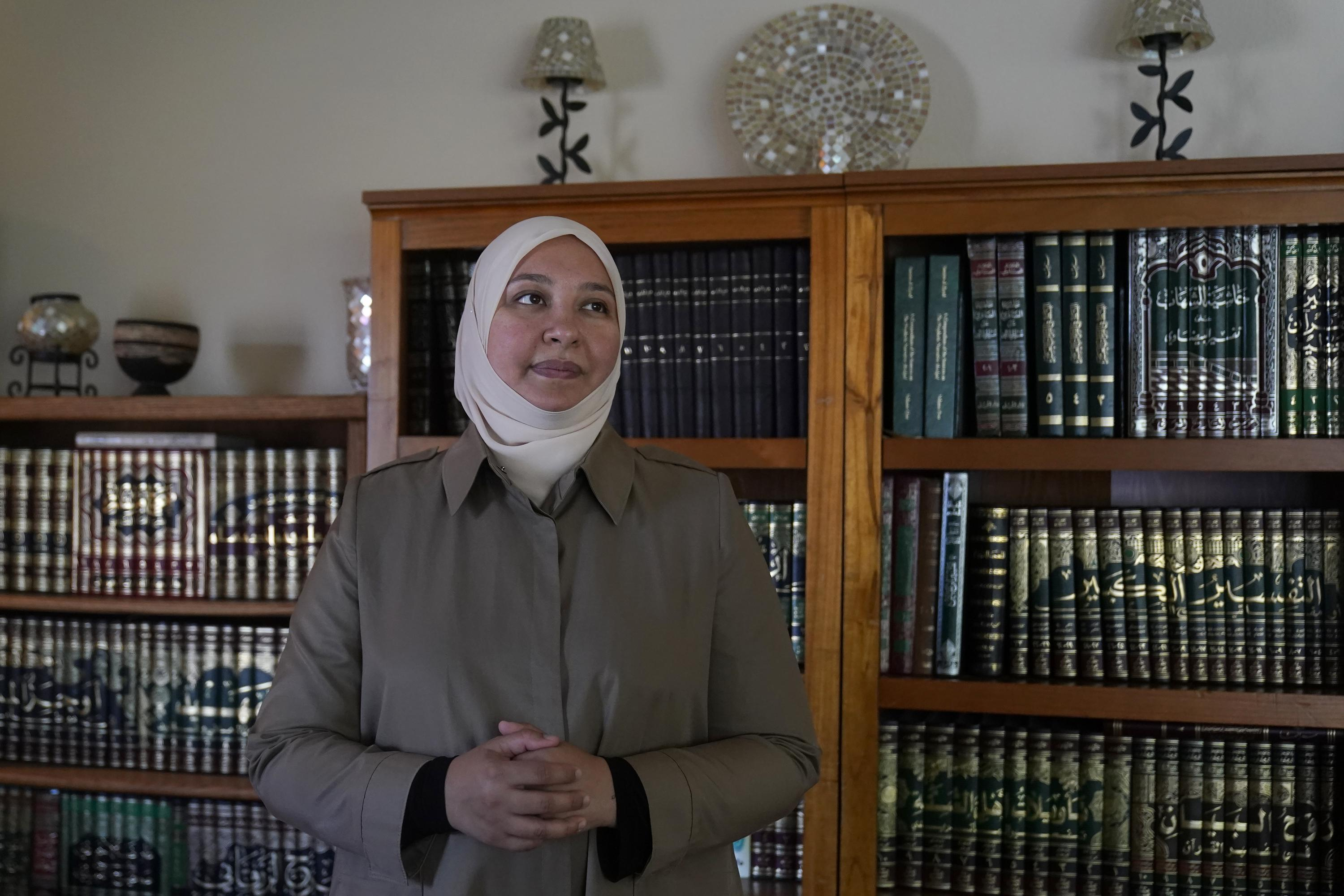 For some US Muslims, raw talk on suicide, mental health