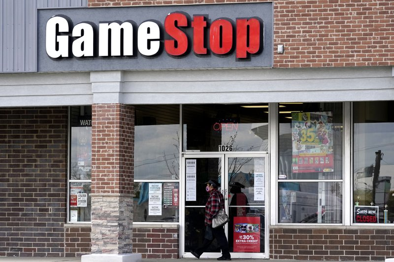 Smaller investors buy orders at the stock of GameStop