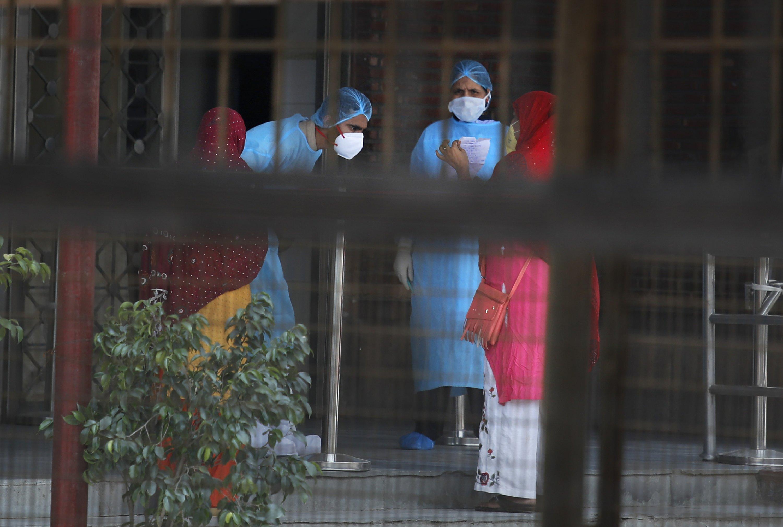 India's social inequalities reflected in coronavirus care thumbnail