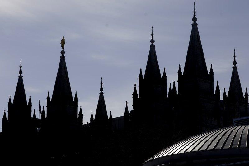 James Huntsman files lawsuit accusing Mormon church of fraud in use of bdonations
