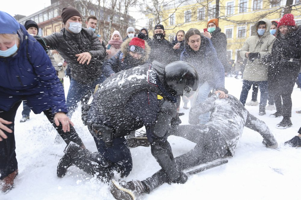Pro-Navalny protests across Russia sees over 51,00 arrested