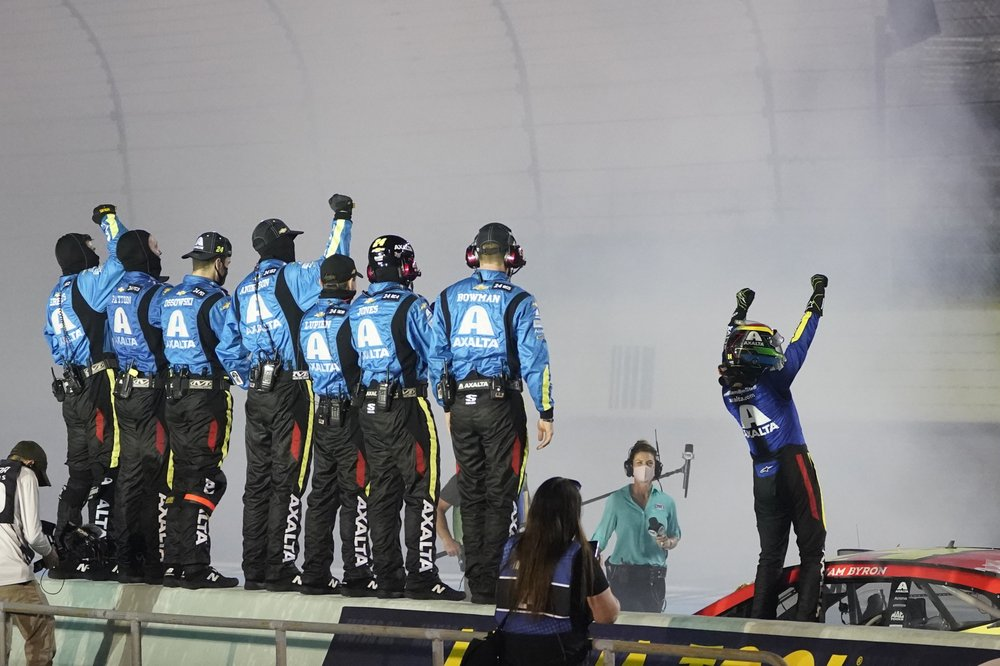 Hendrick Motorsports finds victory lane with rare outside hire