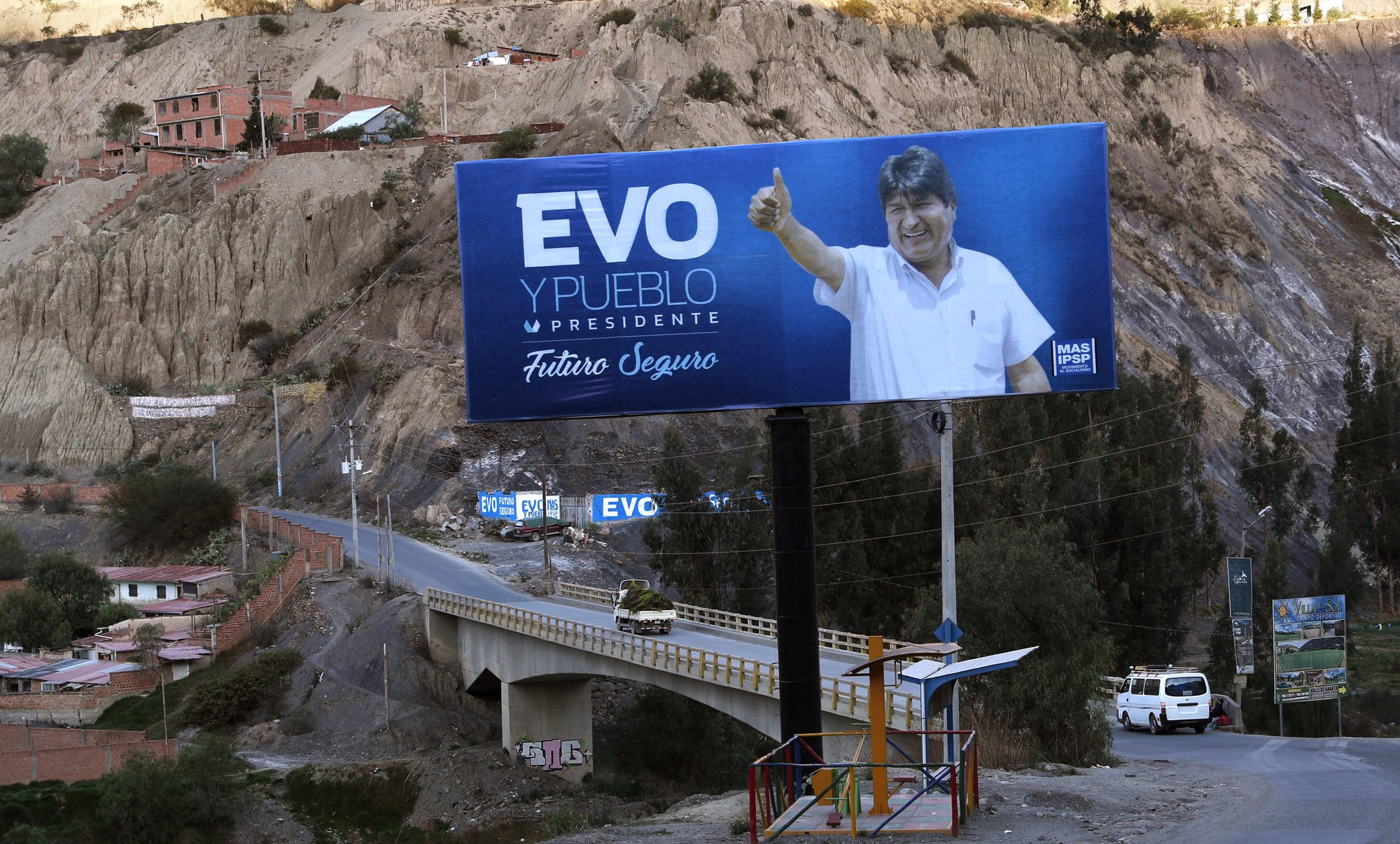 Evo Morales faces toughest test to keep power in Bolivia