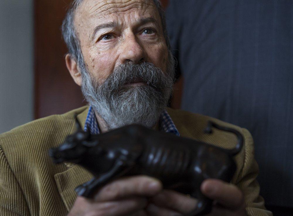 Sculptor of Wall Street bull, Arturo Di Modica, dies at 80