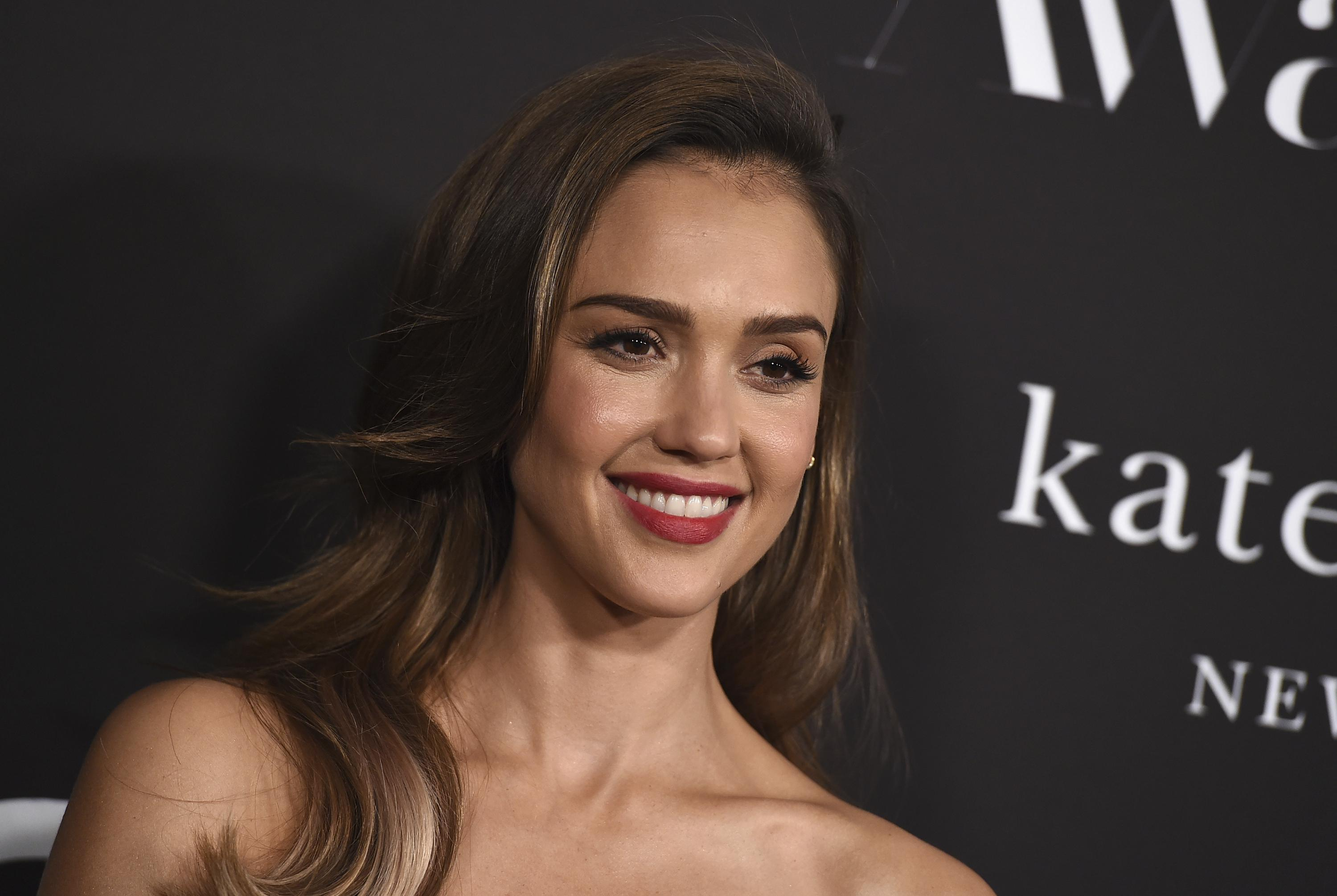 Jessica Alba's Honest Co. soars 44% in stock market debut