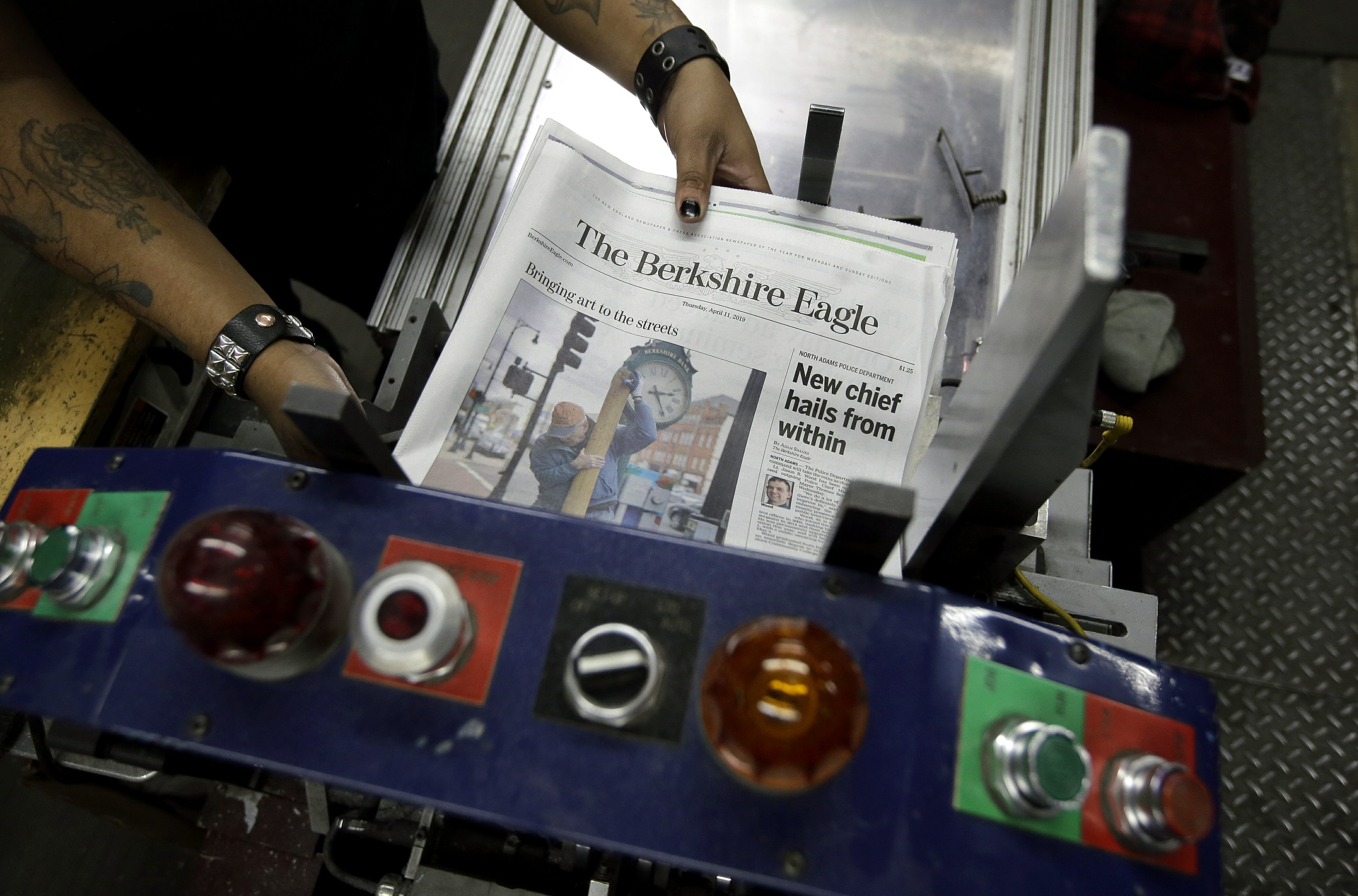 Ge Digital Layoffs >> A Newspaper Bucks Layoff Trend And Hopes Readers Respond