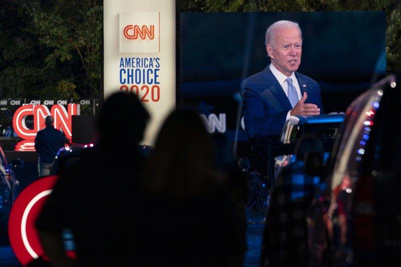 At Town Hall Biden Blasts Trump S Criminal Virus Response