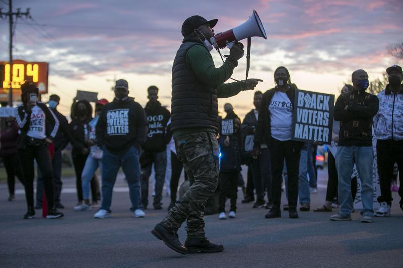 7 North Carolina deputies on leave after fatal shooting and killing of Black man