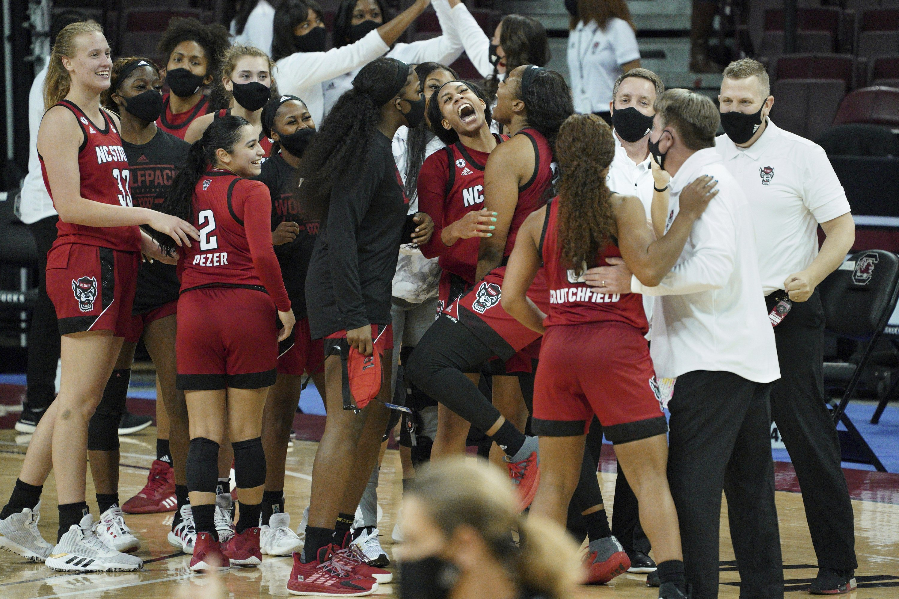 A handful of teams could be new women's basketball No. 1
