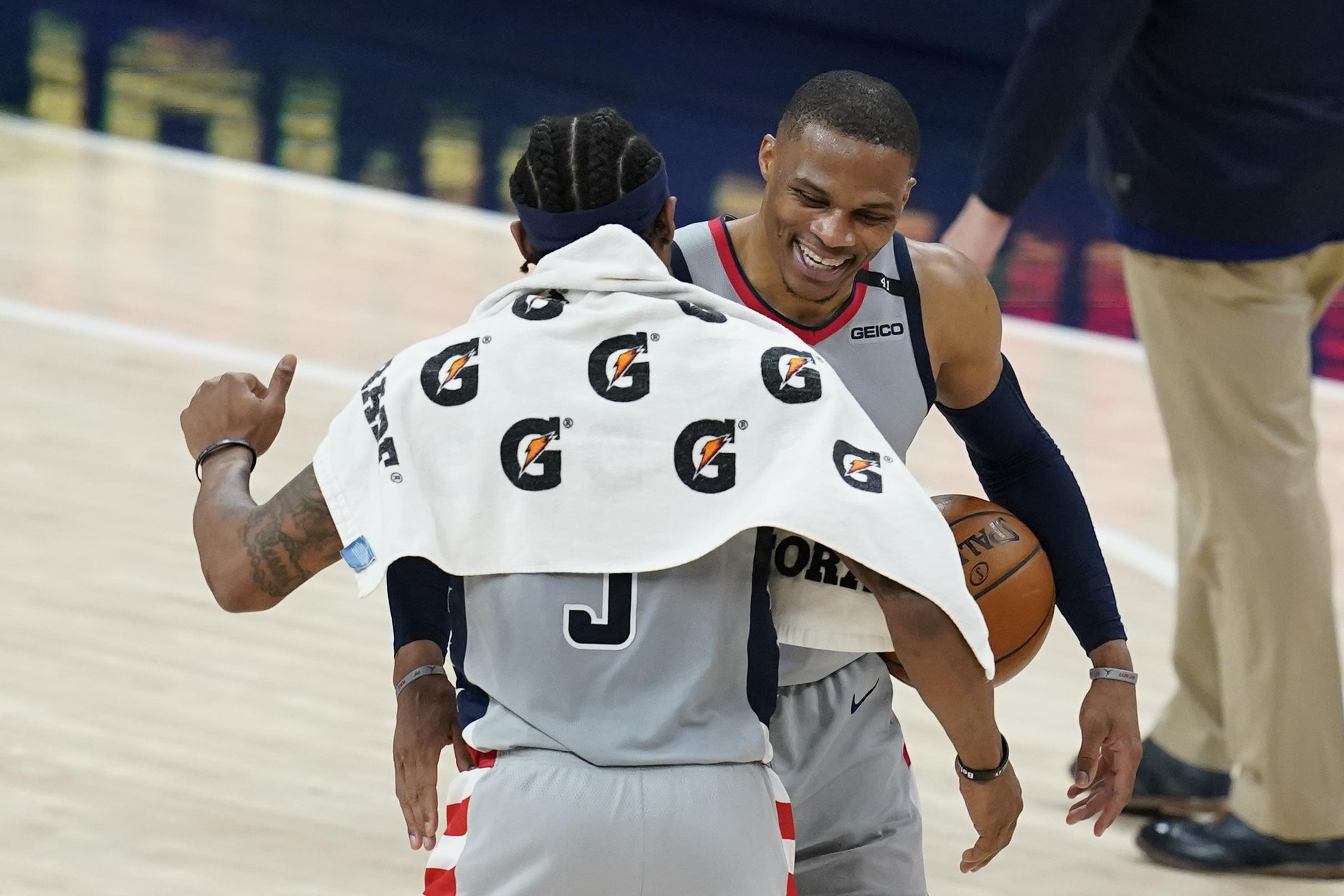 Westbrook ties Robertson's record, Wizards beat Pacers