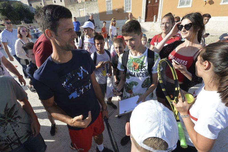 No 1 Novak Djokovic Wife Have Virus After His Exhibitions