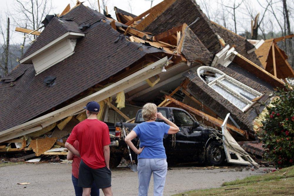Tornadoes sweep through Alabama killing at least 5