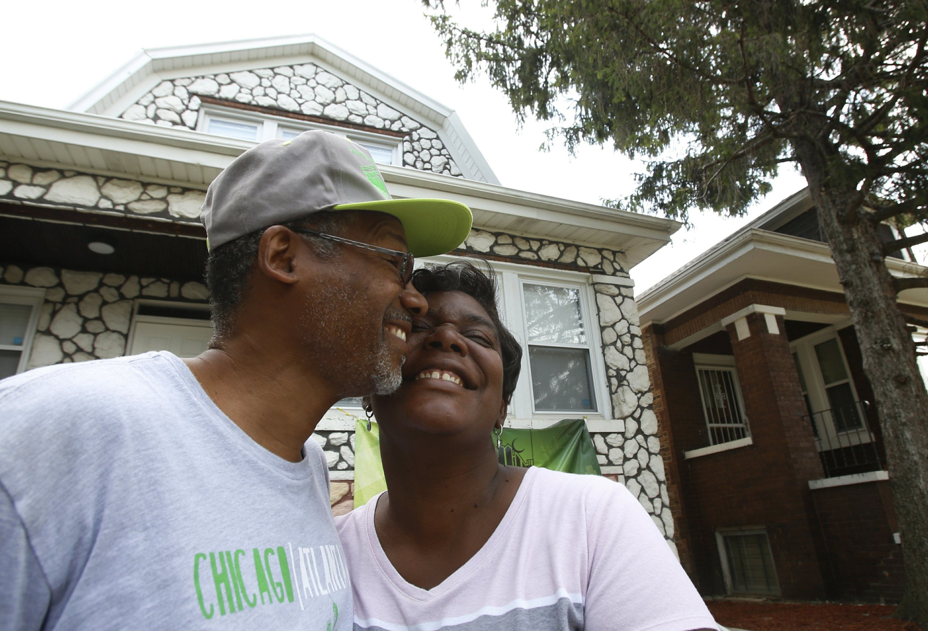 Inspiring tale of a Chicago neighborhood that would not die