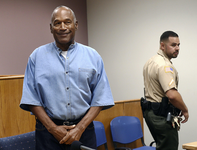 OJ Simpson sues Las Vegas casino, contends he was defamed.