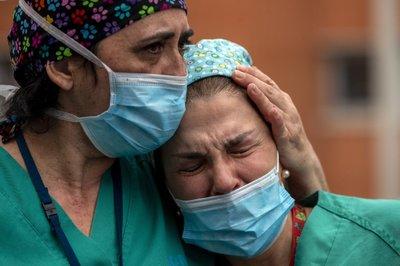 Worldwide deaths from the coronavirus hit 100,000