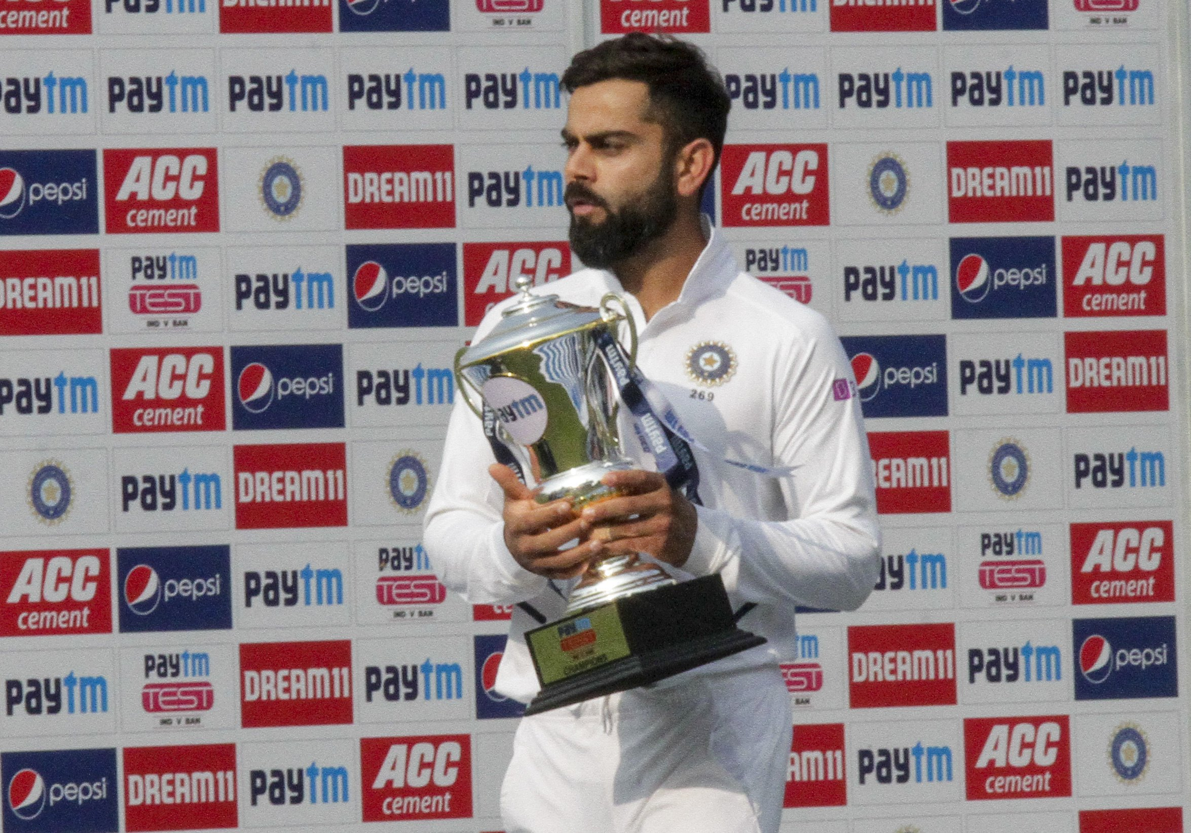 Kohli and co dominate first day-night cricket test in India