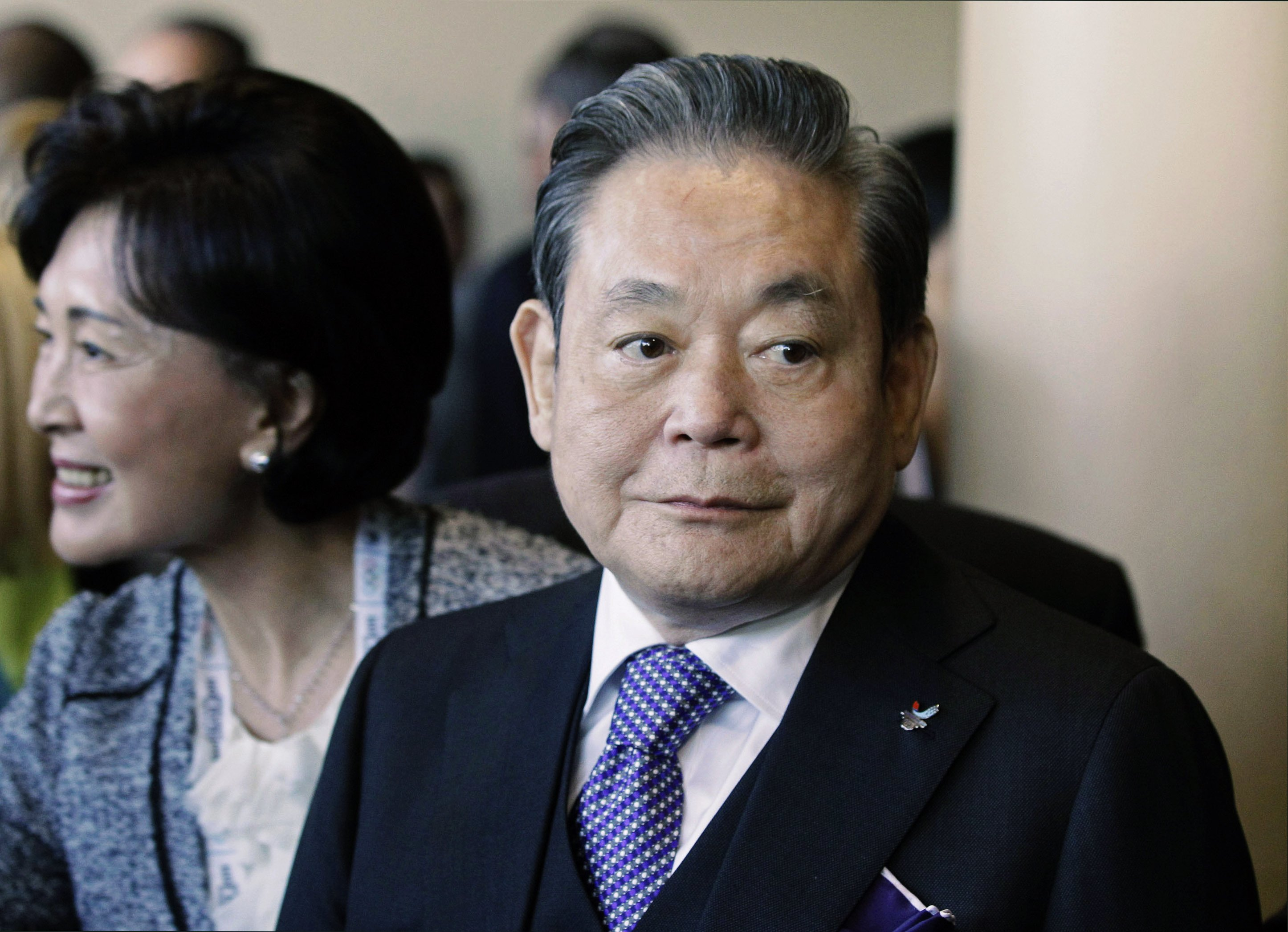 Samsung Electronics chairman Lee Kun-Hee, who transformed the small television maker into a global giant of consumer electronics, has died. He was 78.