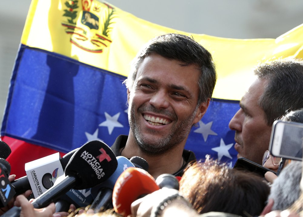 Opposition activist Leopoldo López abandons embassy haven to flee Venezuela