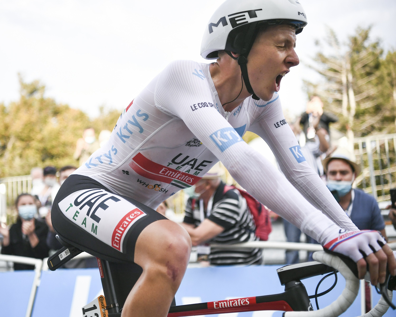 Pogacar crushes Roglic to seal Tour de France title