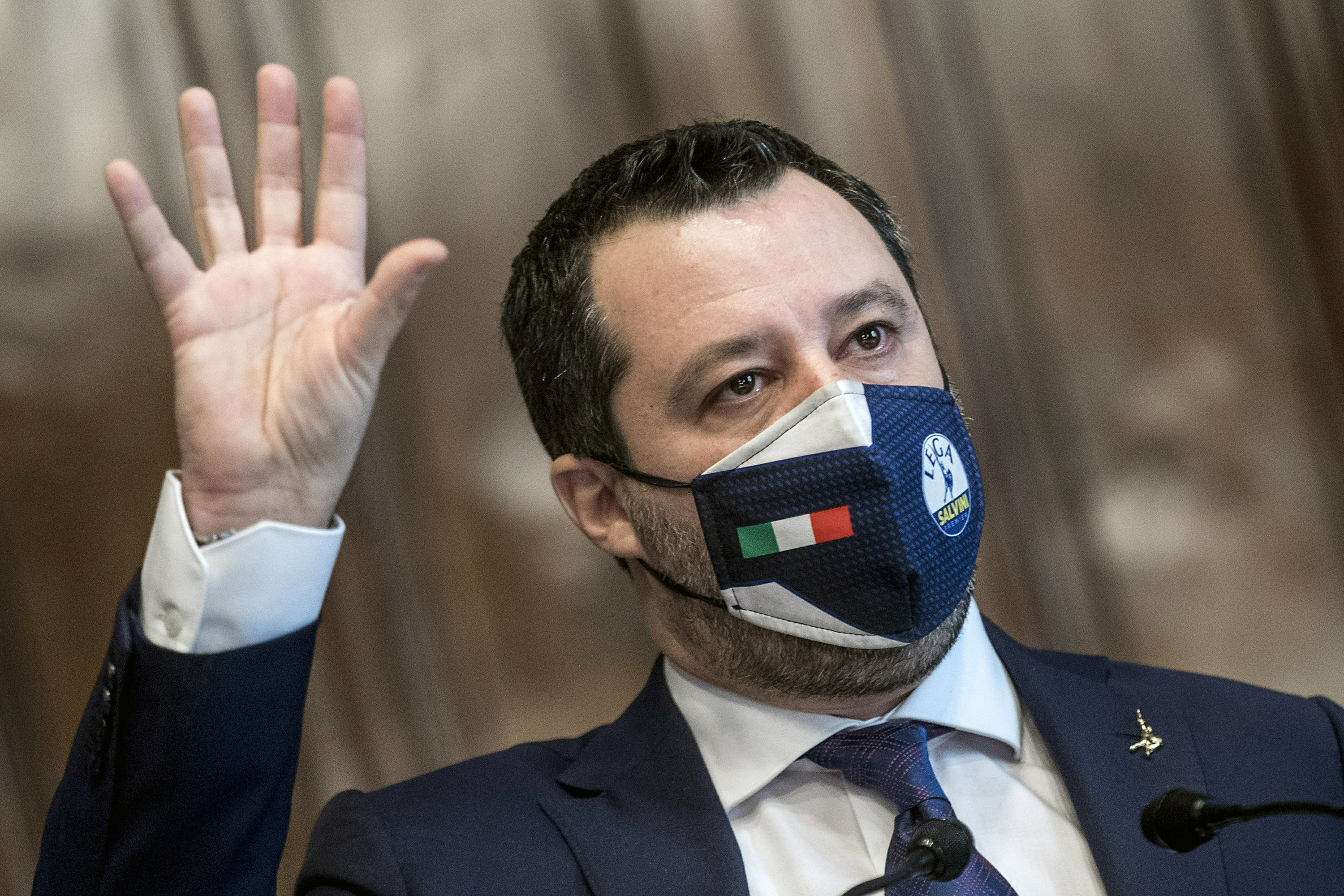 Italy's Draghi wins support of 2 rival parties for new govt
