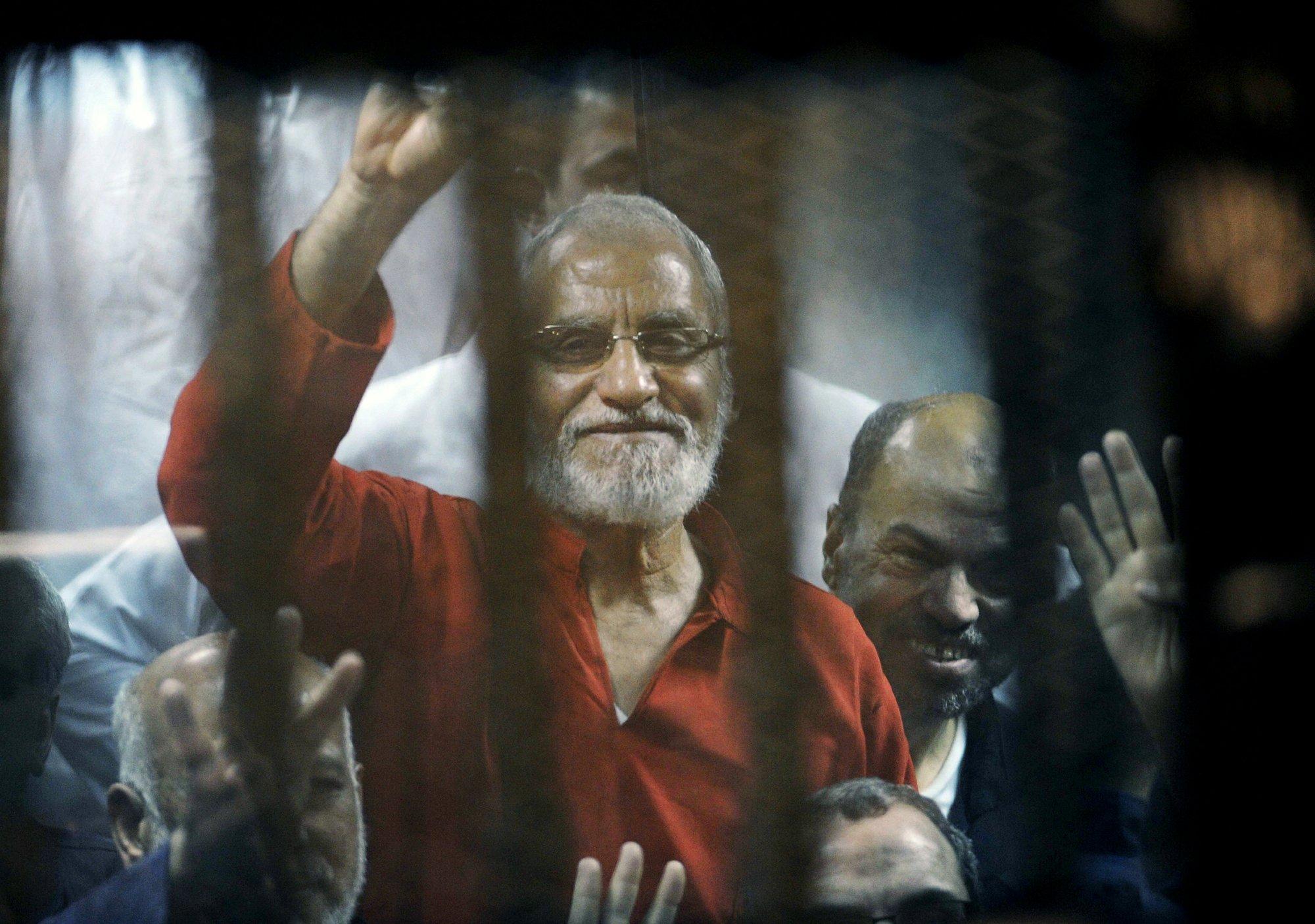 Egypt sentences 11 Islamist leaders to life for spying
