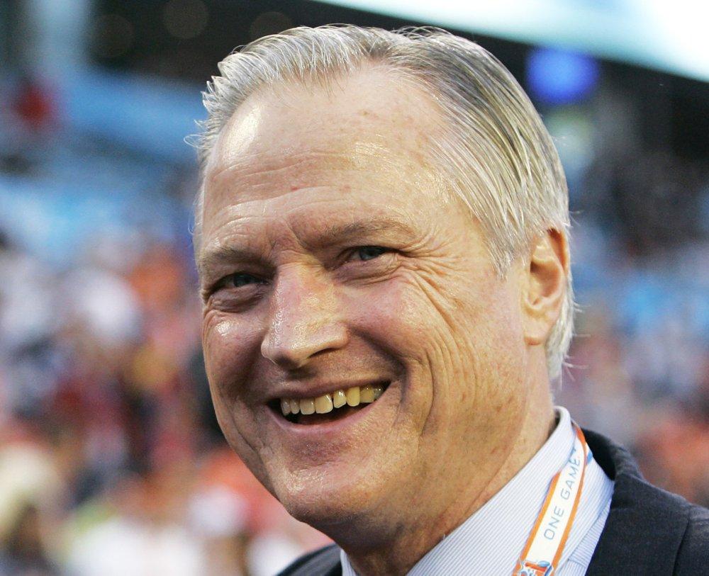 Michael McCaskey, who succeeded Halas as Bears' leader, dies at age 76