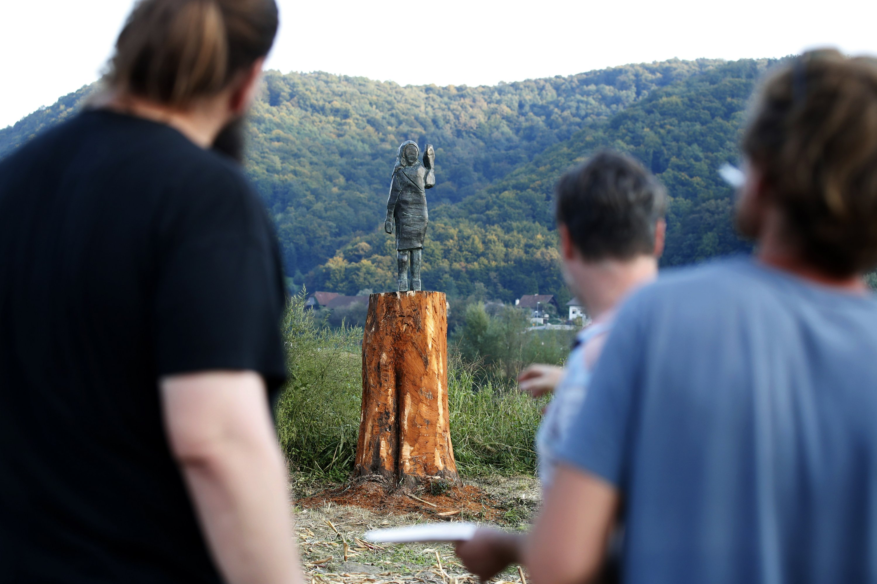 Bronze Statue Of Us First Lady Is Unveiled In Slovenia
