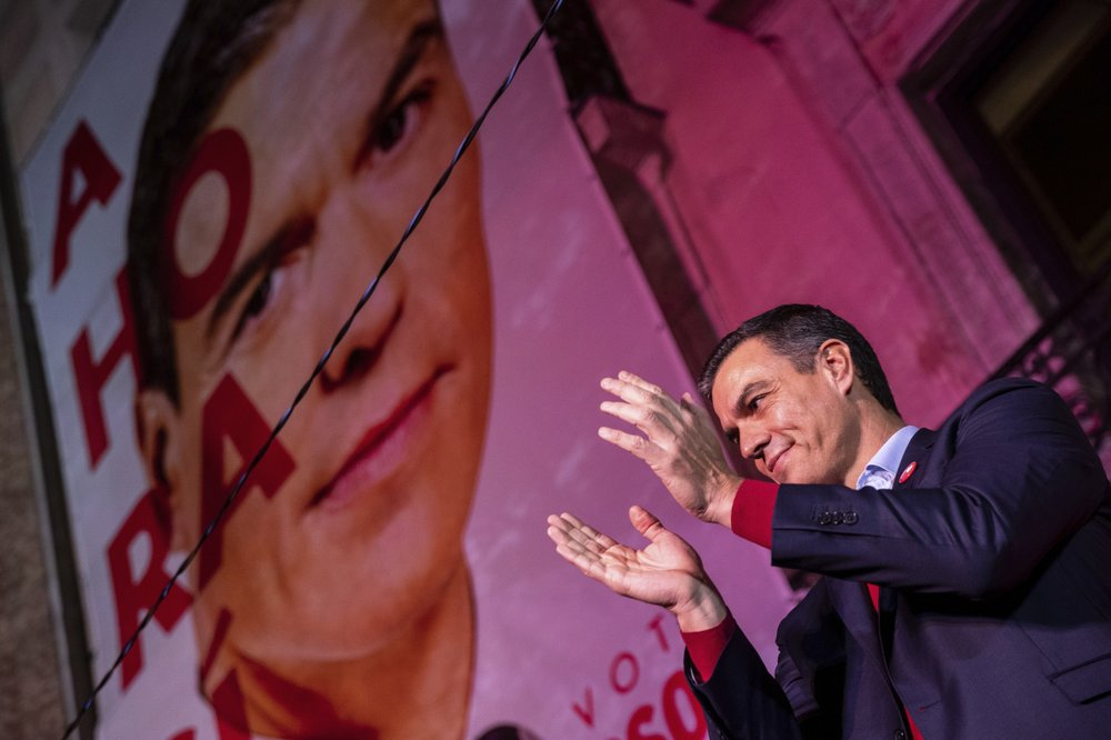 Spain's Socialists win national elections, but far-right still surges