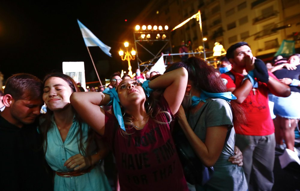 Argentina's abortion law under watchful eyes of women's groups, government officials