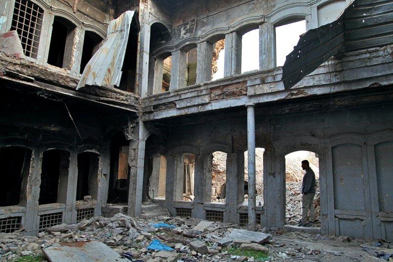 وكالة اسيوشتدبرس:يعيد العراقيون بناء الموصل ببطء ، بمساعدة قليلة من الحكومة