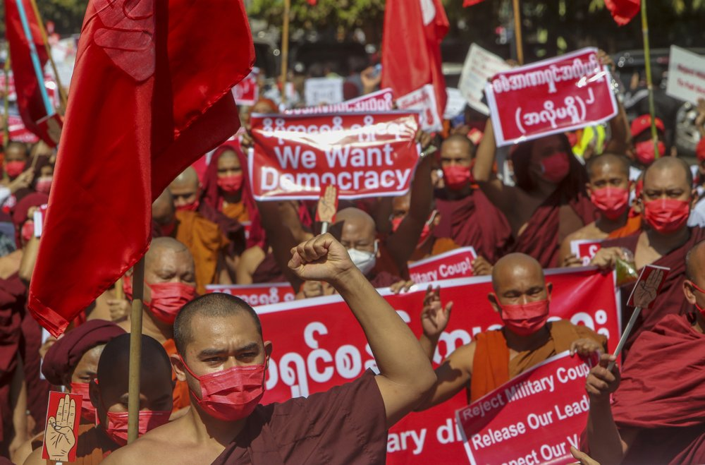 Tens of thousands ofMyanmar protesters back on streets