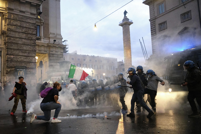 Neo-fascists exploit 'no-vax' rage, posing dilemma for Italy - Associated Press