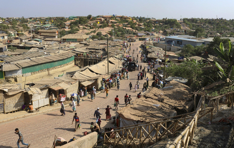 Senegal refugee camp pictures