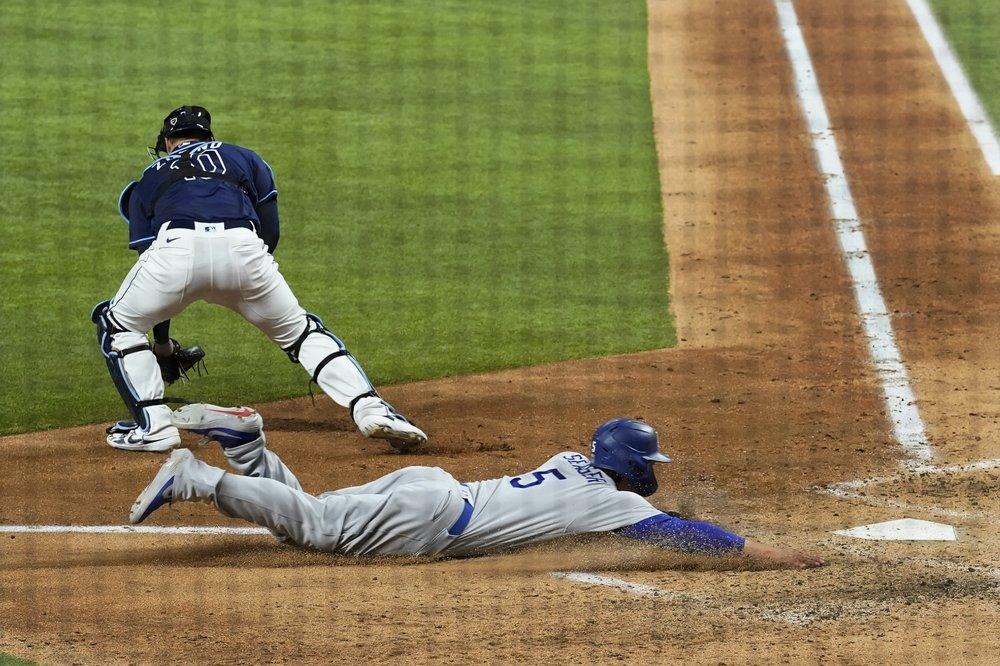 The Latest on Game 4 of the World Series : Seager scores, Renfroe homers; Dodgers up 3-2