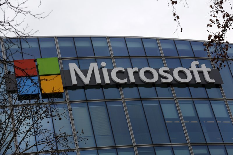 Microsoft keeps chugging as pandemic continues, beats Wall Street expectations